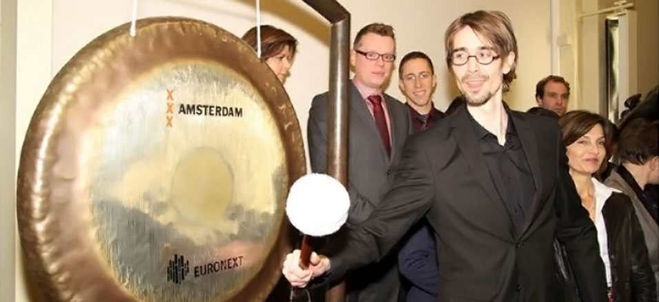 GainPlay Studio gong ceremony at the Amsterdam Stock Exchange